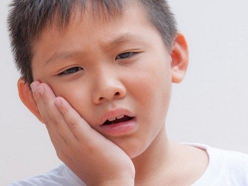 Răng hàm mẻ ảnh hưởng đến cuộc sống của bạn