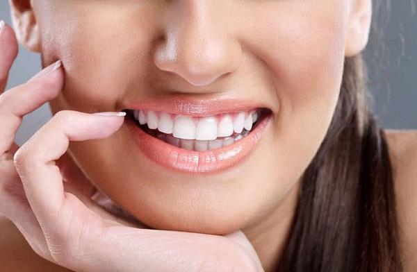 Bao nhiêu tuổi nên làm răng sứ?