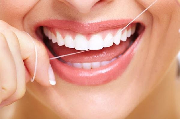 Cách khắc phục tình trạng bọc răng sứ bị hở hiệu quả