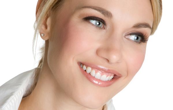 Cười hở lợi phải làm sao? Các phương pháp điều trị chữa cười hở lợi hiệu quả