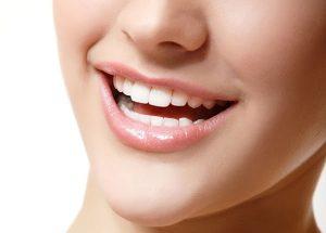 Phẫu thuật thẩm mỹ chữa cười hở lợi - Có đau và giải quyết triệt để không?