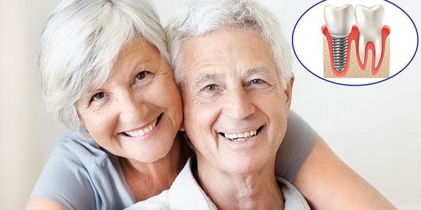 Người sức khỏe yếu có nên trồng răng Implant không?